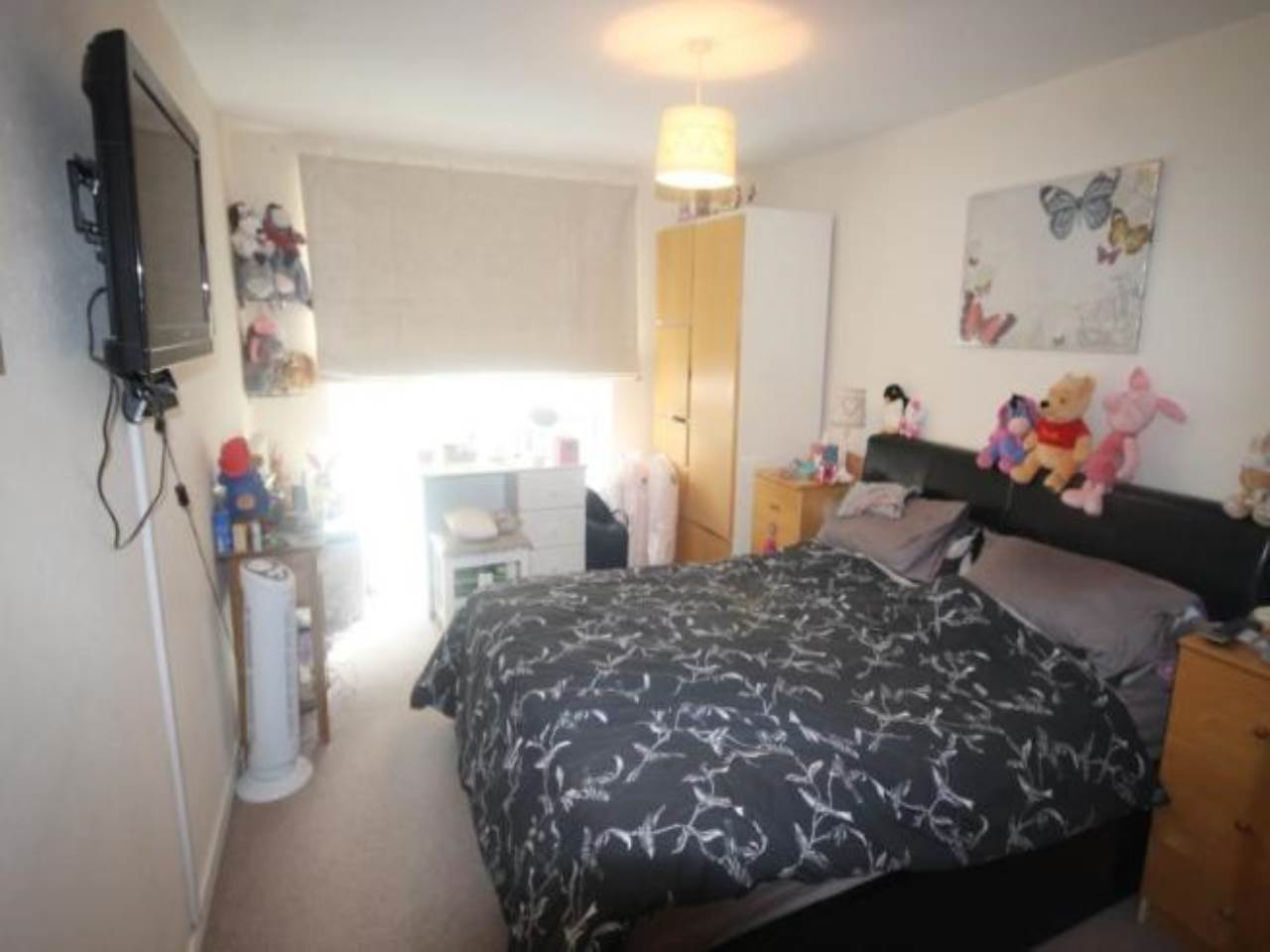 2 bed apartment for sale in Pellipar Close, London 5