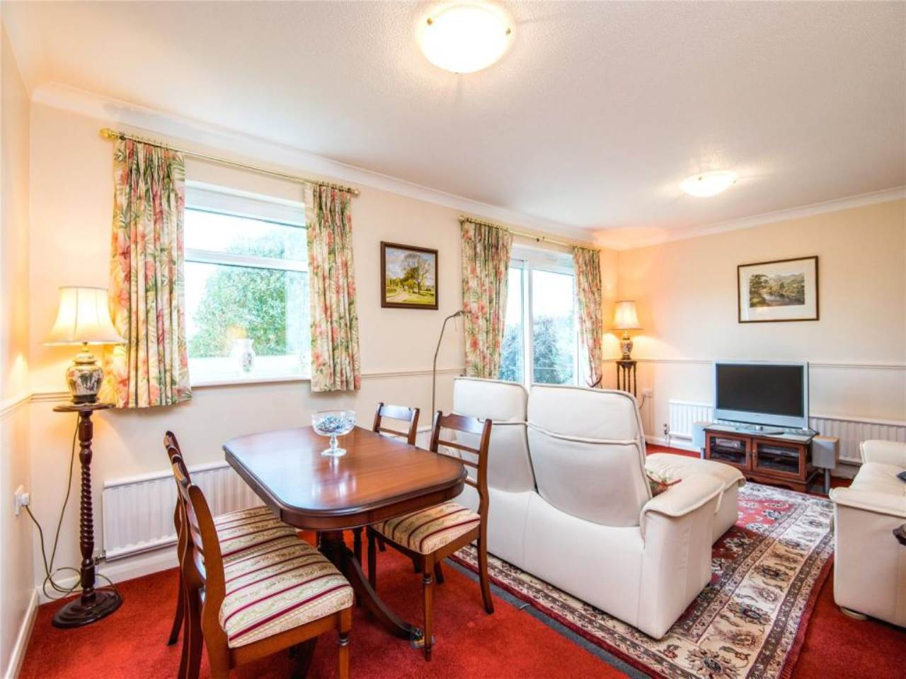 2 bed flat for sale in Kent Lodge, Chalkwell Avenue, SS0