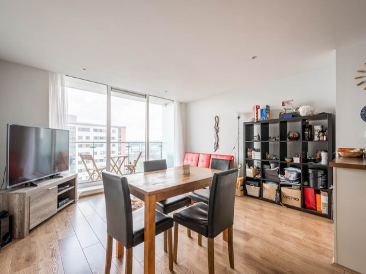2 bed flat for sale in Fathom Court, 2 Basin Approach - Property Image 1