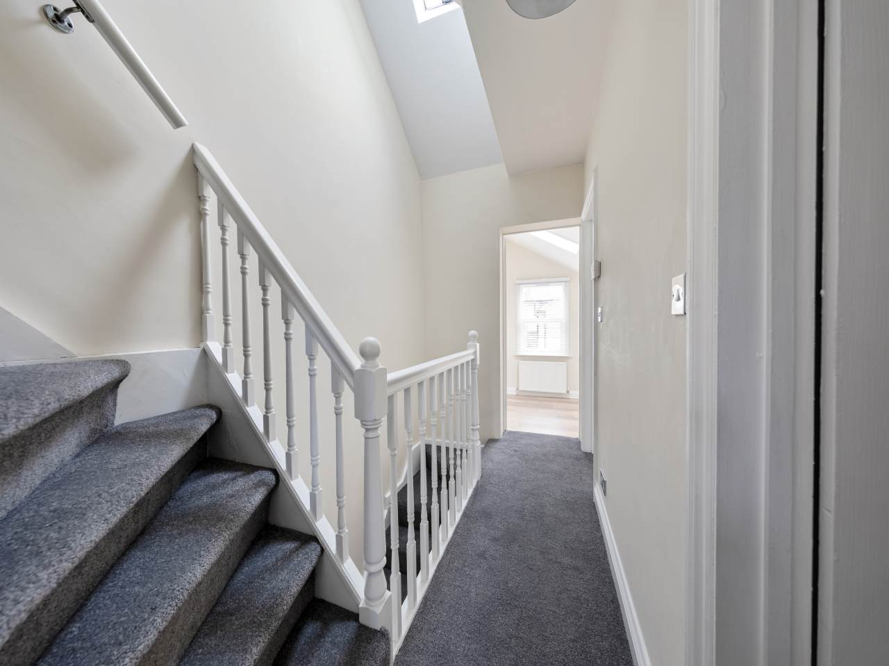 3 bed house for sale in Exning Road , Canning Town  12