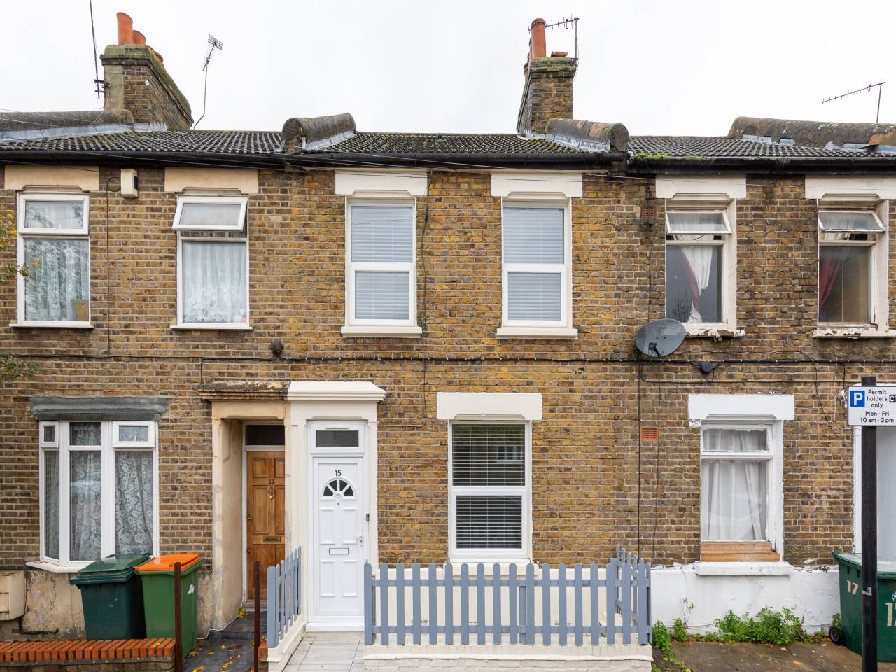 3 bed house for sale in Exning Road , Canning Town   - Property Image 1