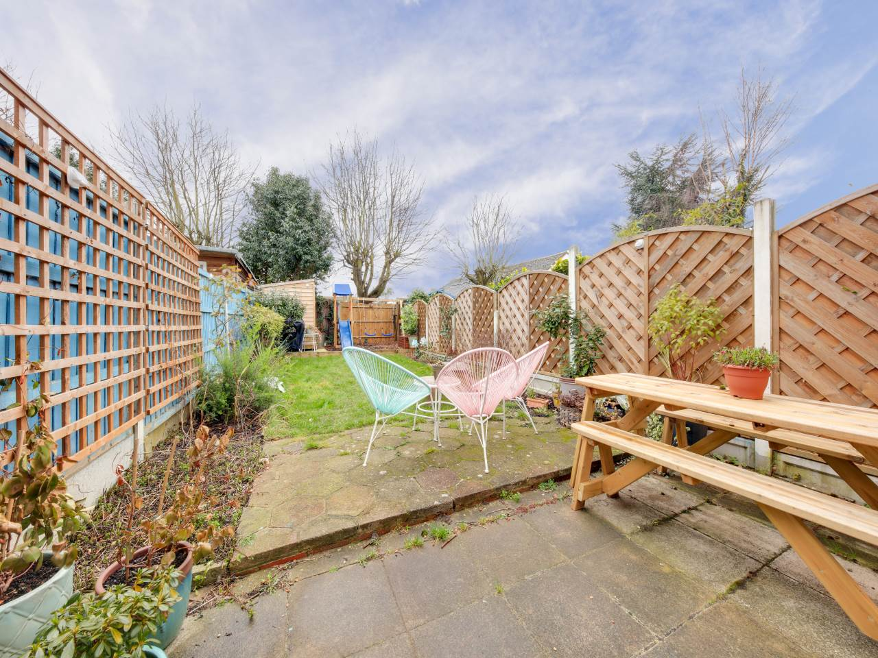 3 bed terraced house for sale in Faversham Close , Chigwell   - Property Image 16
