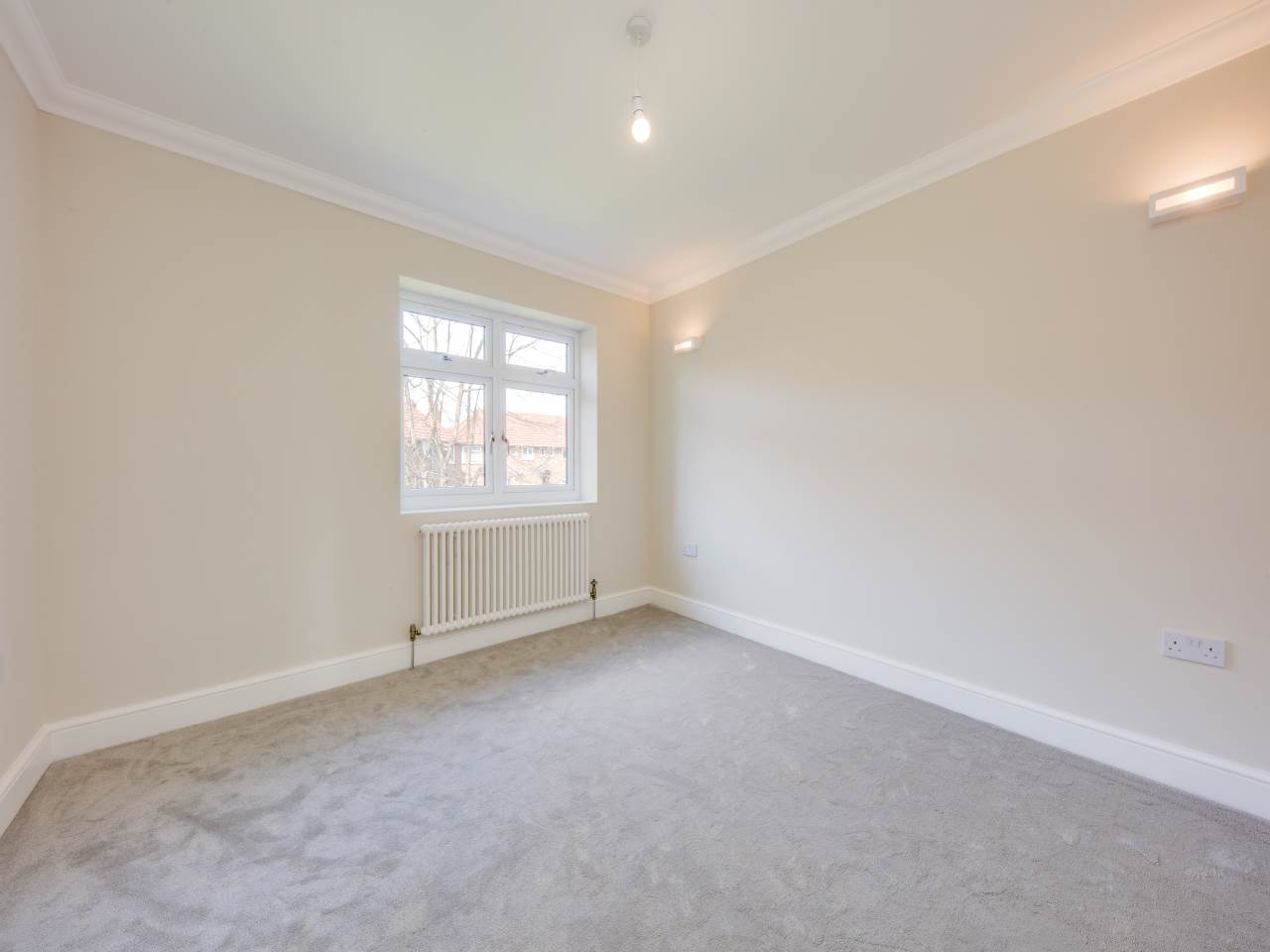 3 bed house for sale in Shernhall Street , Walthamstow   - Property Image 11