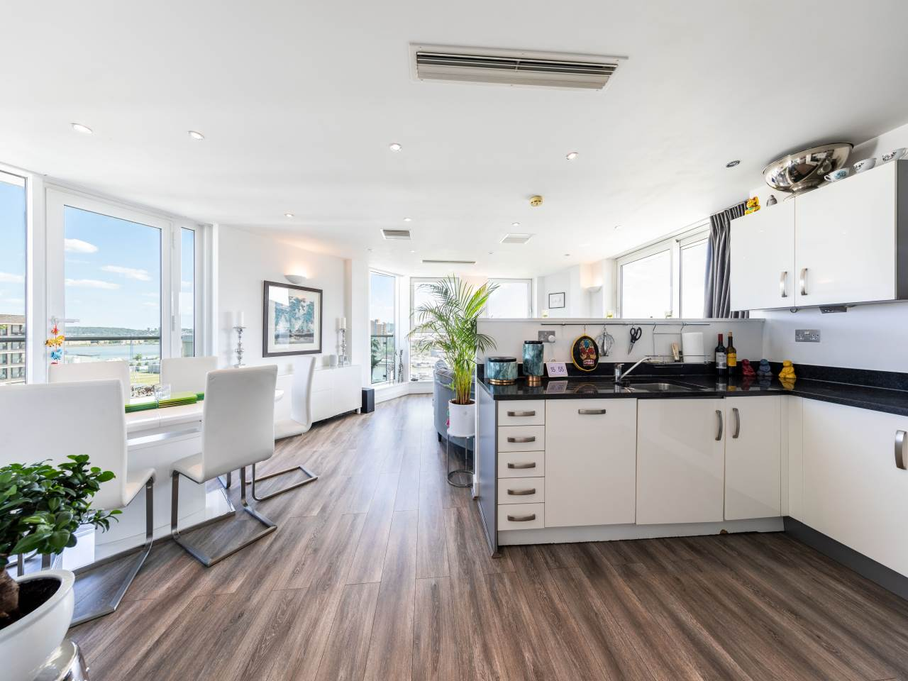 3 bed penthouse for sale in 4 Basin Approach, E16