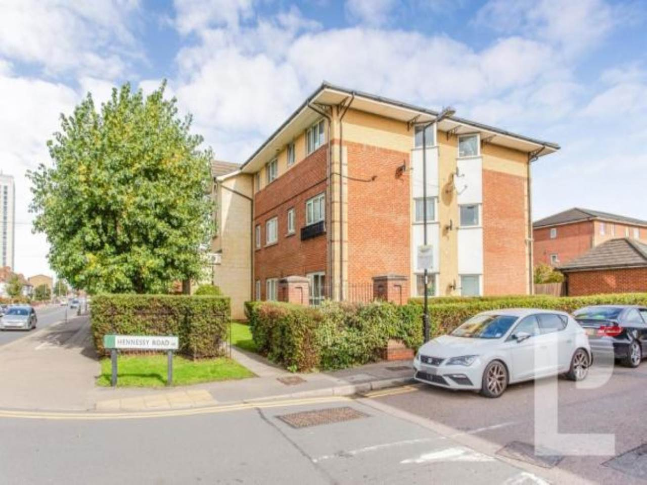 1 bed apartment for sale in London, N9