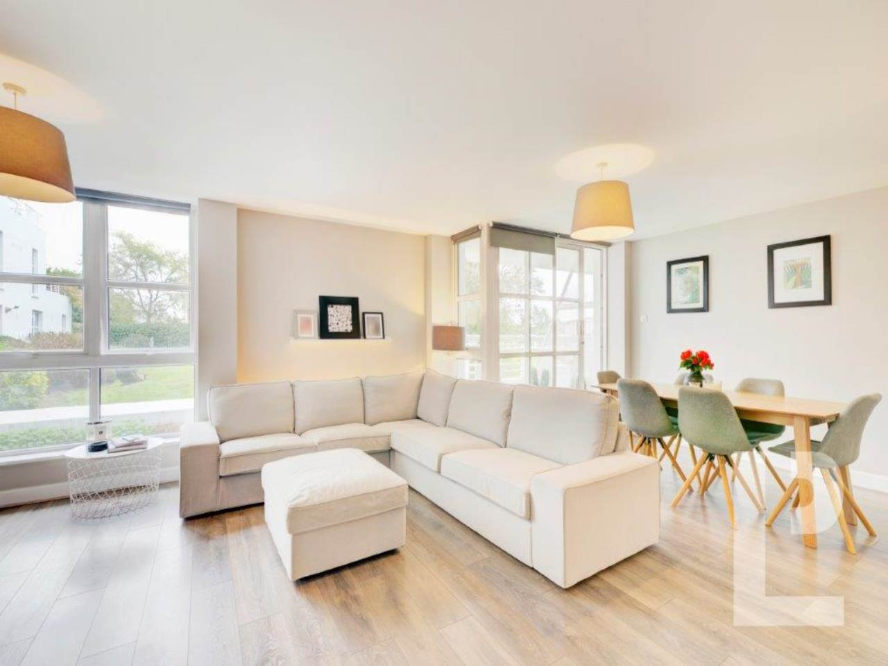 2 bed flat for sale in Barrier Point Road, Royal Docks  - Property Image 1