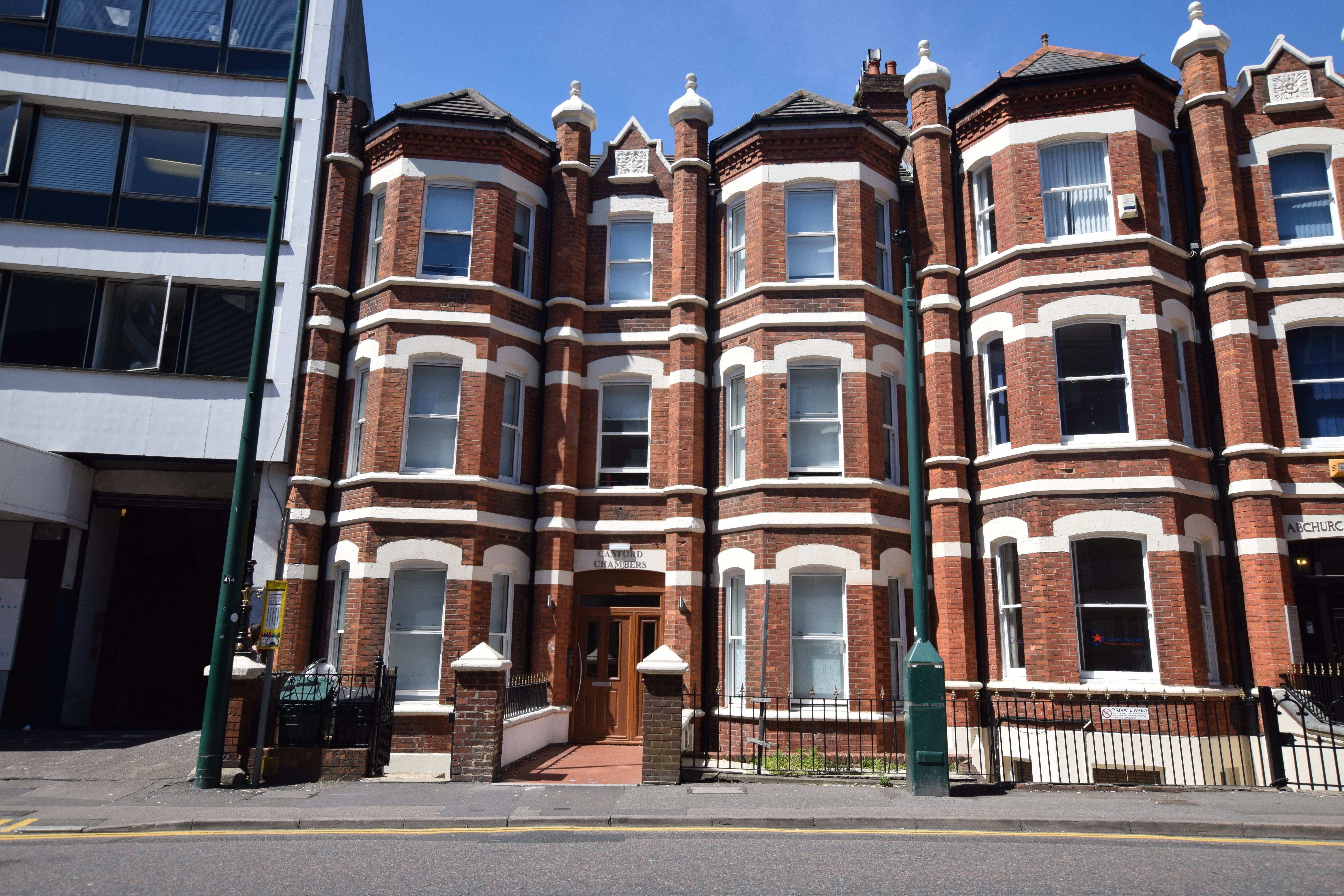1 bed studio flat to rent in St Peters Road, BH1