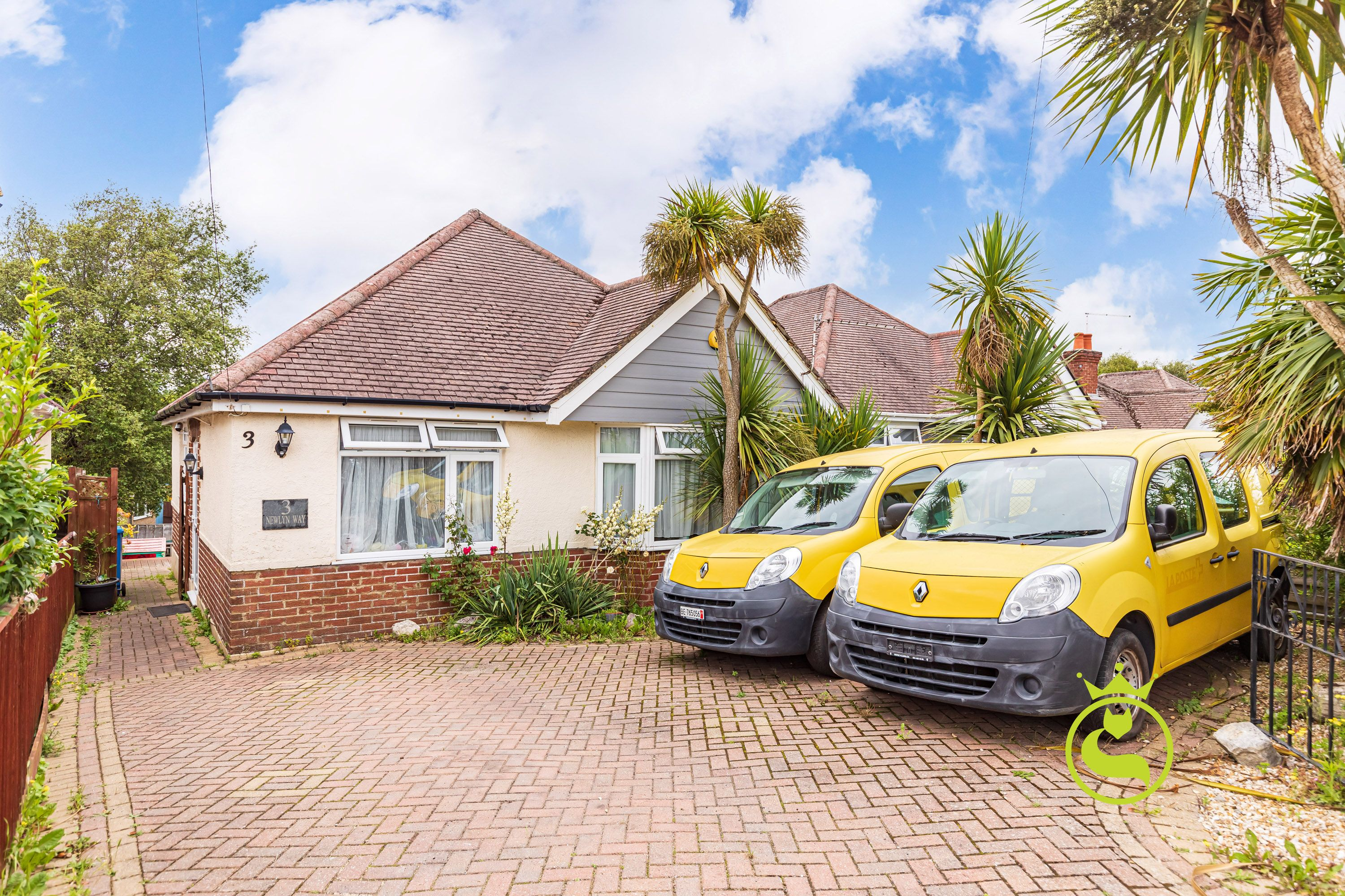 A two double bedroom detached bungalow in Parkstone offered with no forward chain.
