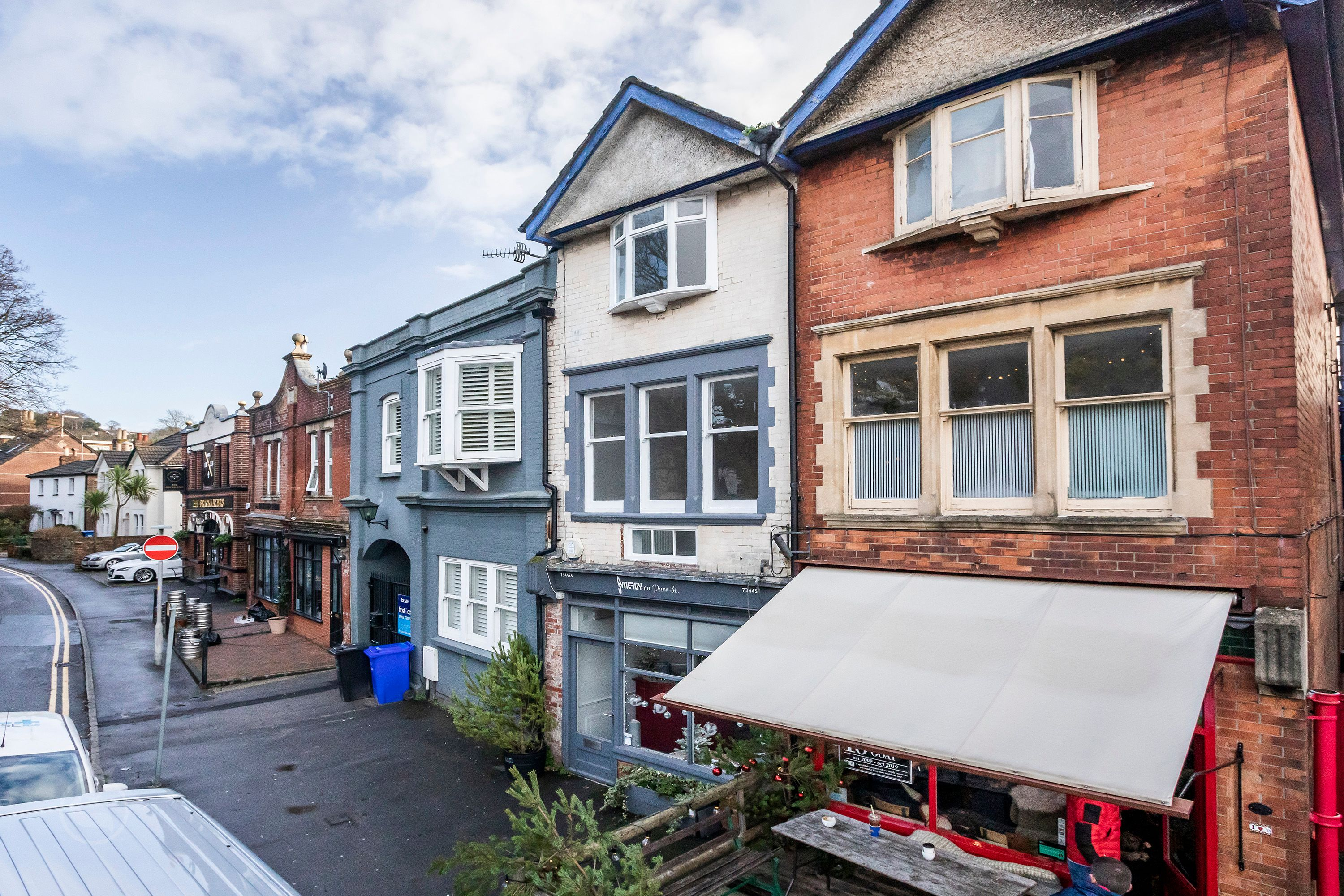Sold off market for over the asking price.  A beautifully refurbished two bedroom apartment complete with allocated parking in the heart of Ashley Cross.