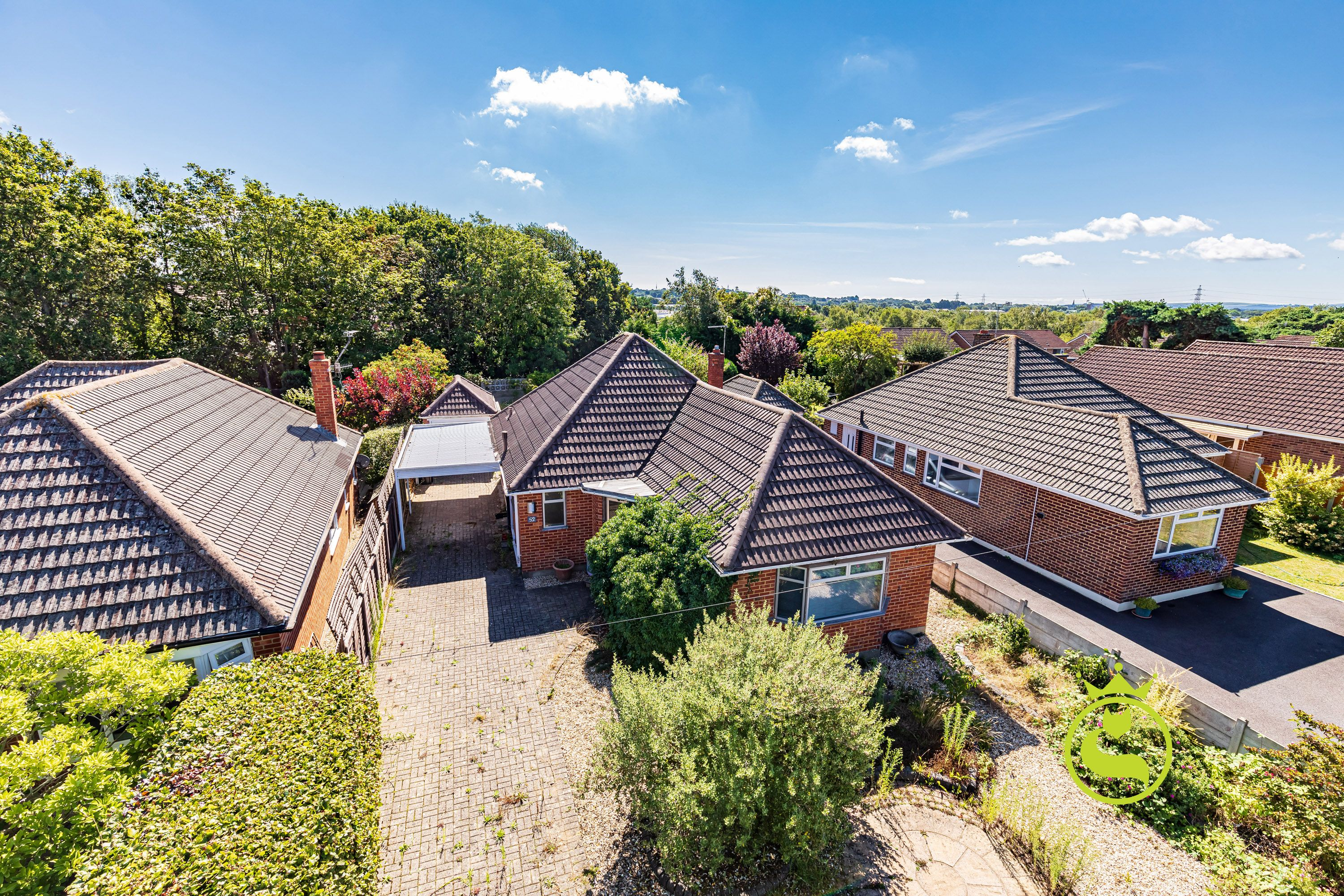 A detached two bedroom bungalow in need of complete modernisation & renovation benefitting from a garage & driveway. Situated in a popular residential road close to local amenities & schools.