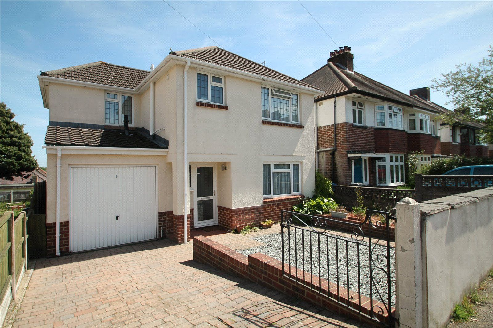 A well presented substantial four bedroom detached family sized house with good size garden, garage and parking. In Courthill & Baden Powell catchment and close to Ashley Cross and Parkstone train station.
