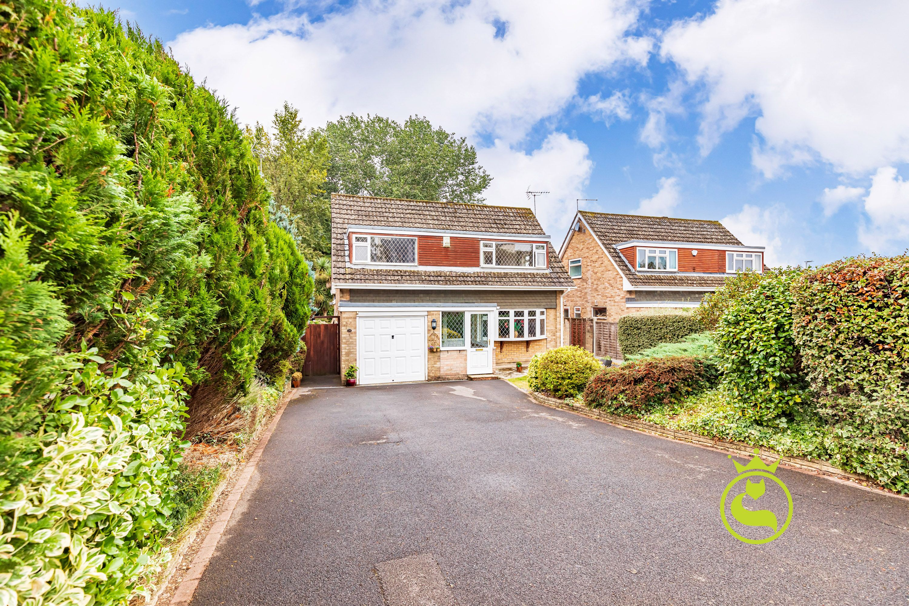 **LAUNCHING SATURDAY 25TH SEPTEMBER (FULLY BOOKED) & LUNCHTIME MONDAY 27TH SEPTEMBER- BY APPOINTMENT ONLY** A substantial well presented four bedroom detached family size house boasting a large rear extension. Situated in a popular location within easy reach of local schools & amenities.
