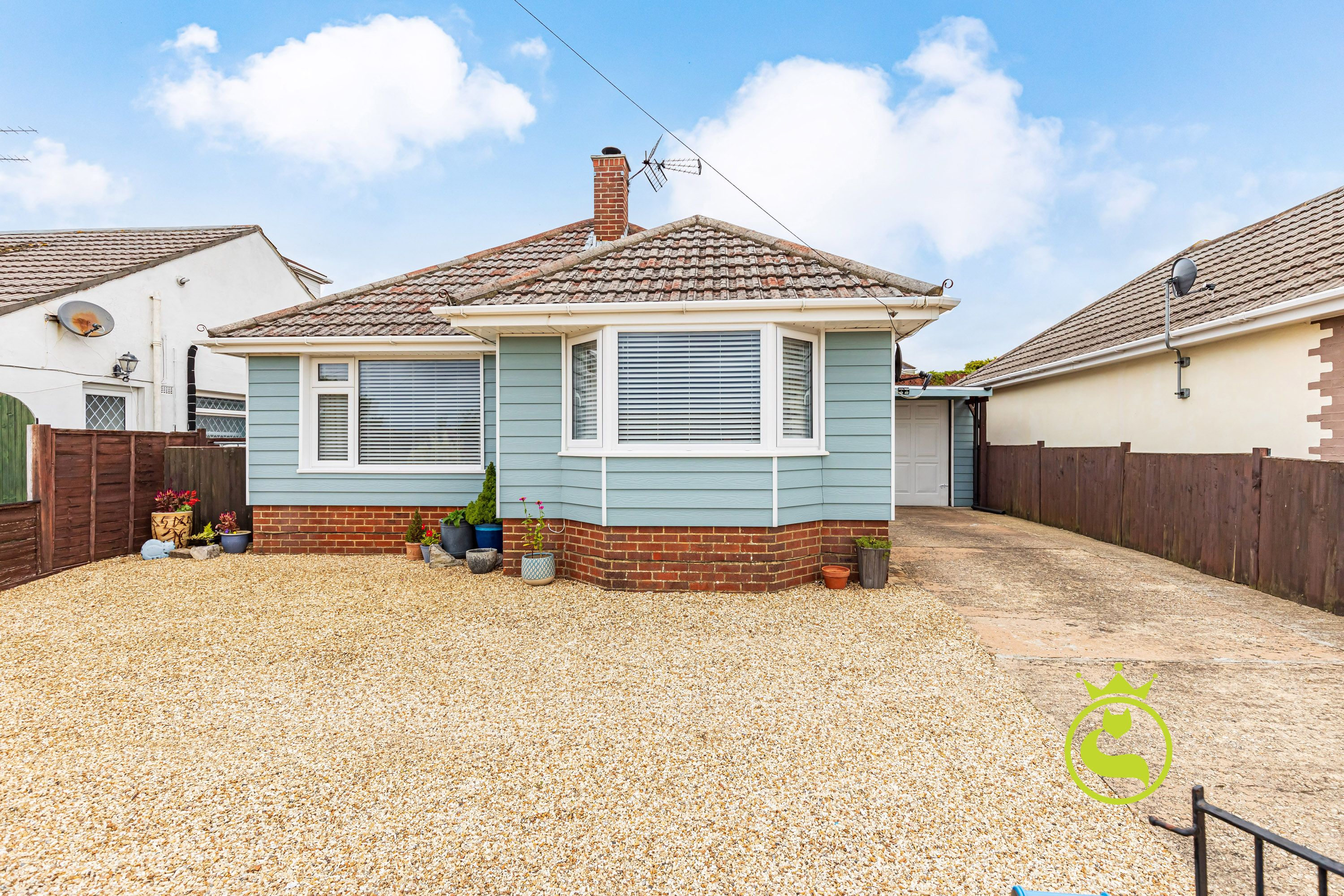 **LAUNCHING 23RD OCTOBER - BY APPOINTMENT ONLY** An extremely well presented two bedroom detached chalet bungalow in a popular location in the heart of Parkstone. The property is being offered with no forward chain.