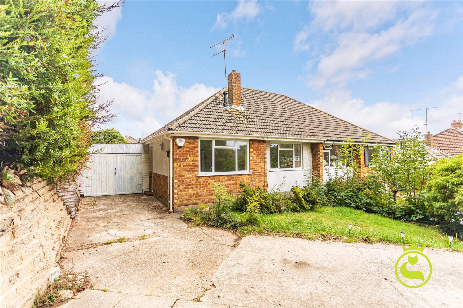 2 bed bungalow to rent in South Park Road, Poole, BH12