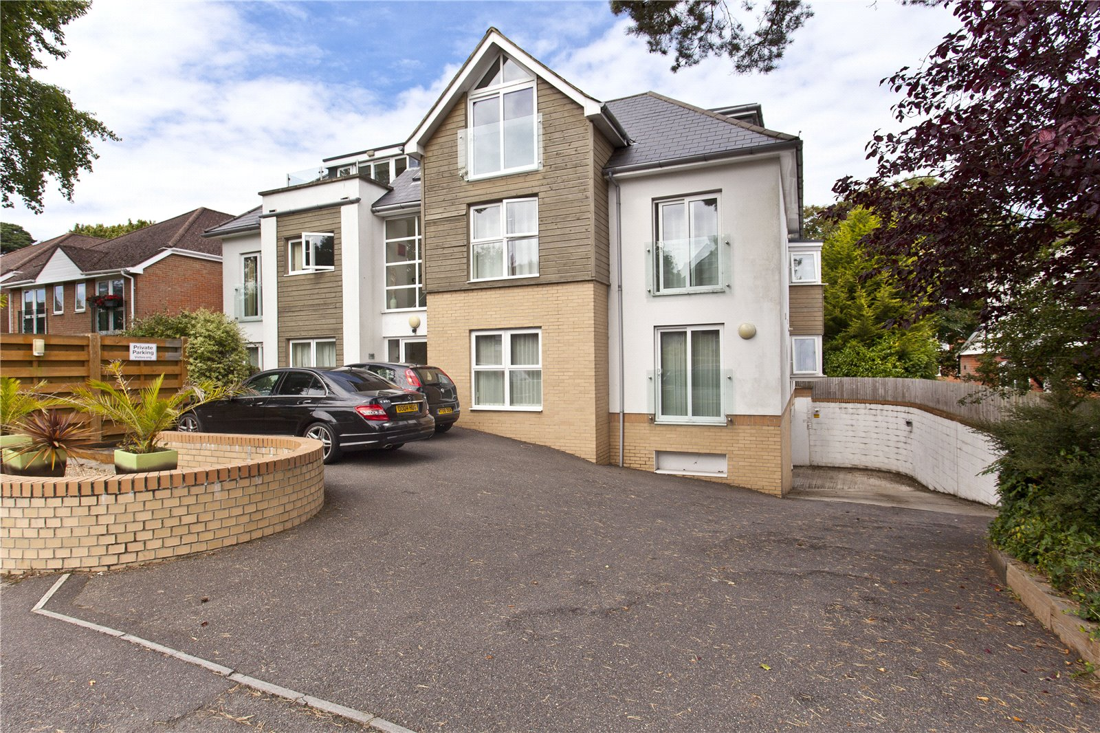 2 bed apartment to rent in Penn Hill Avenue, Poole  - Property Image 1