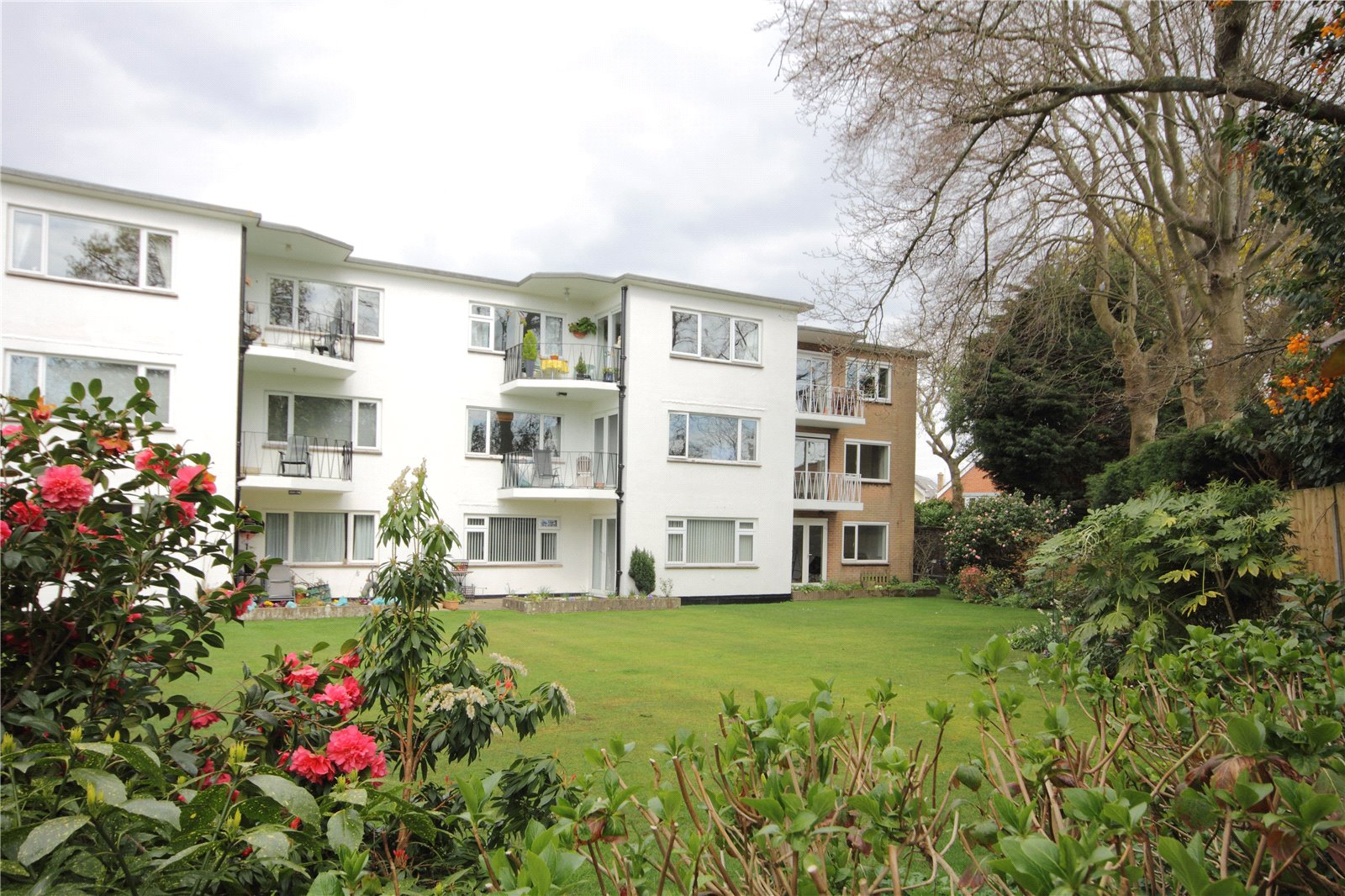 2 bed apartment to rent in Windsor Court, 1 Windsor Road, BH14