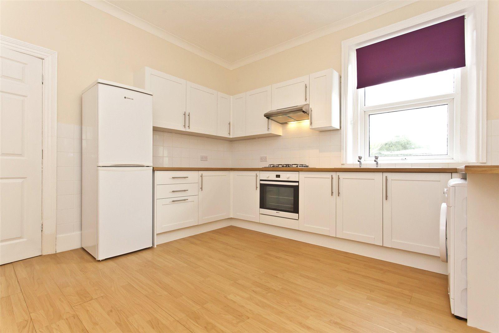 3 bed maisonette to rent in R L Stevenson Avenue, Westbourne  - Property Image 1