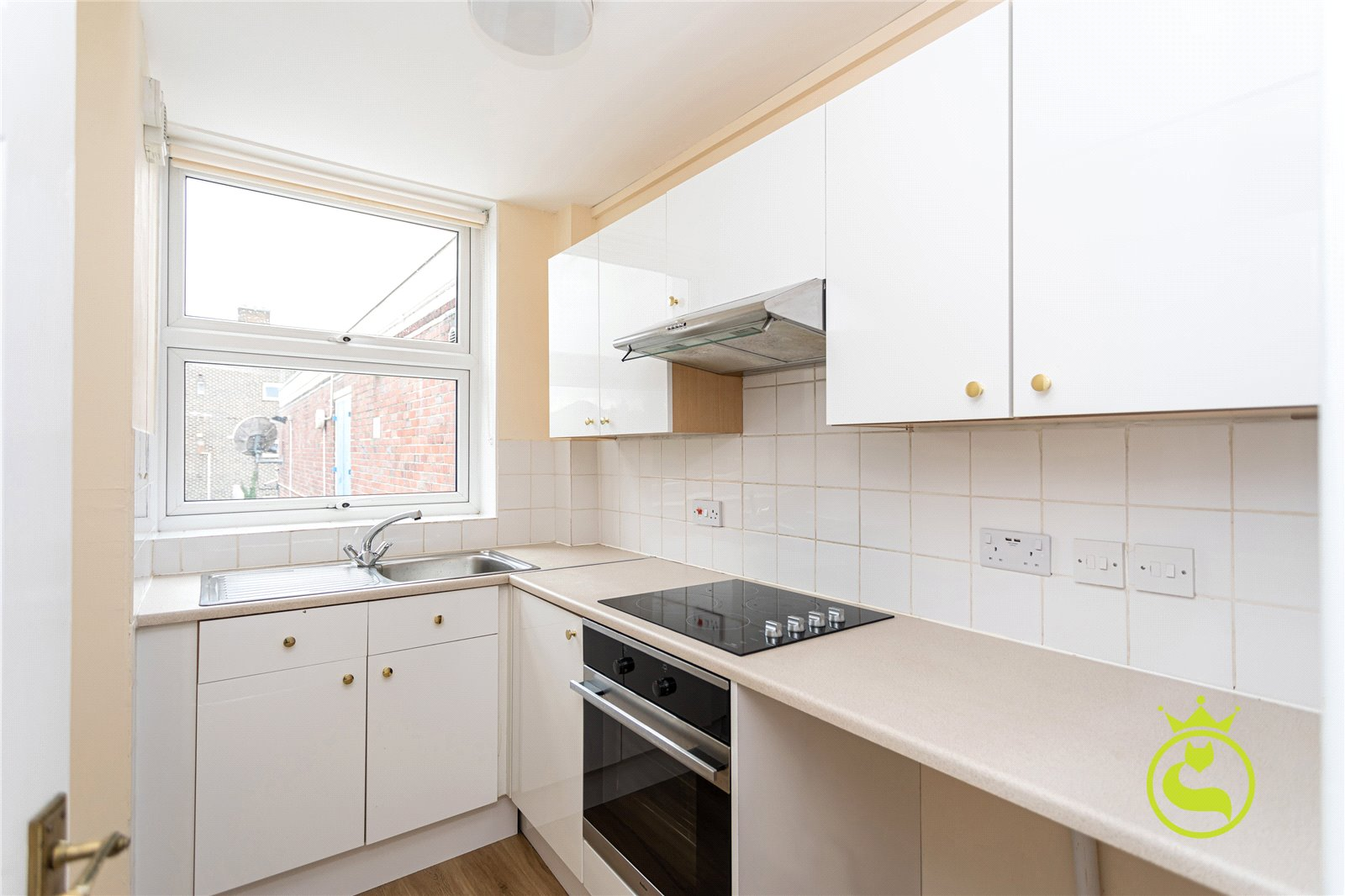 2 bed apartment to rent in Wimborne Road, Bournemouth, BH11