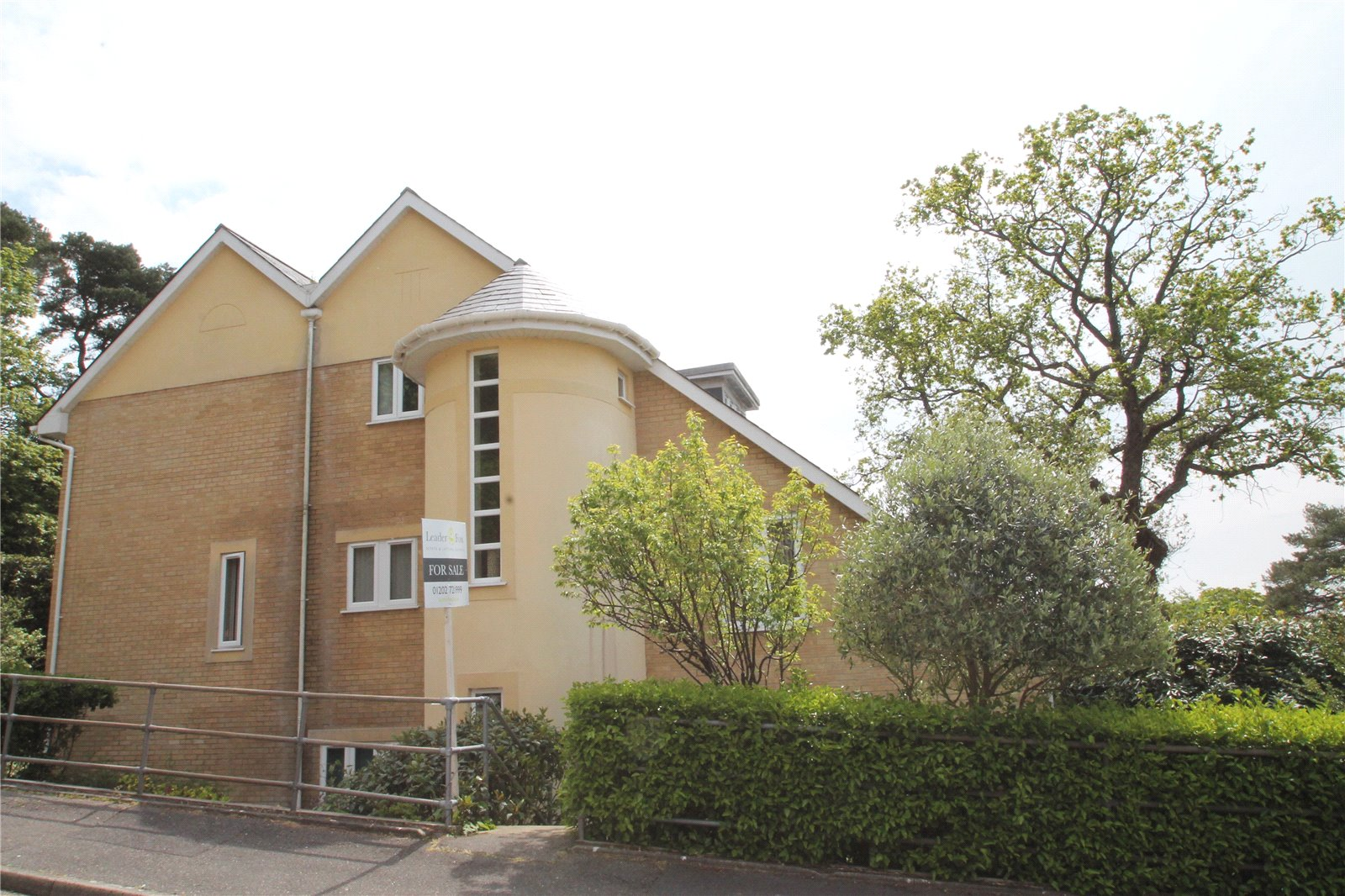 3 bed house for sale in Cotes Avenue, Lower Parkstone 0