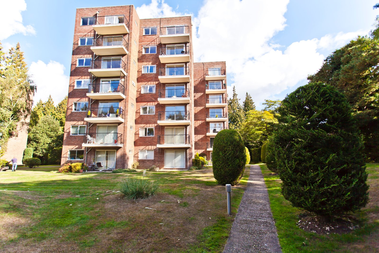 1 bed apartment for sale in Branksome Park, BH13
