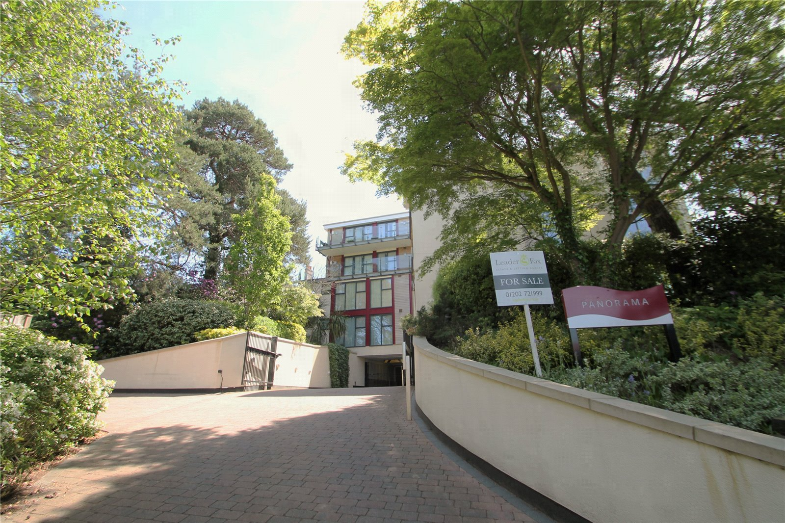 2 bed apartment for sale in Alipore Close, Lower Parkstone  - Property Image 1