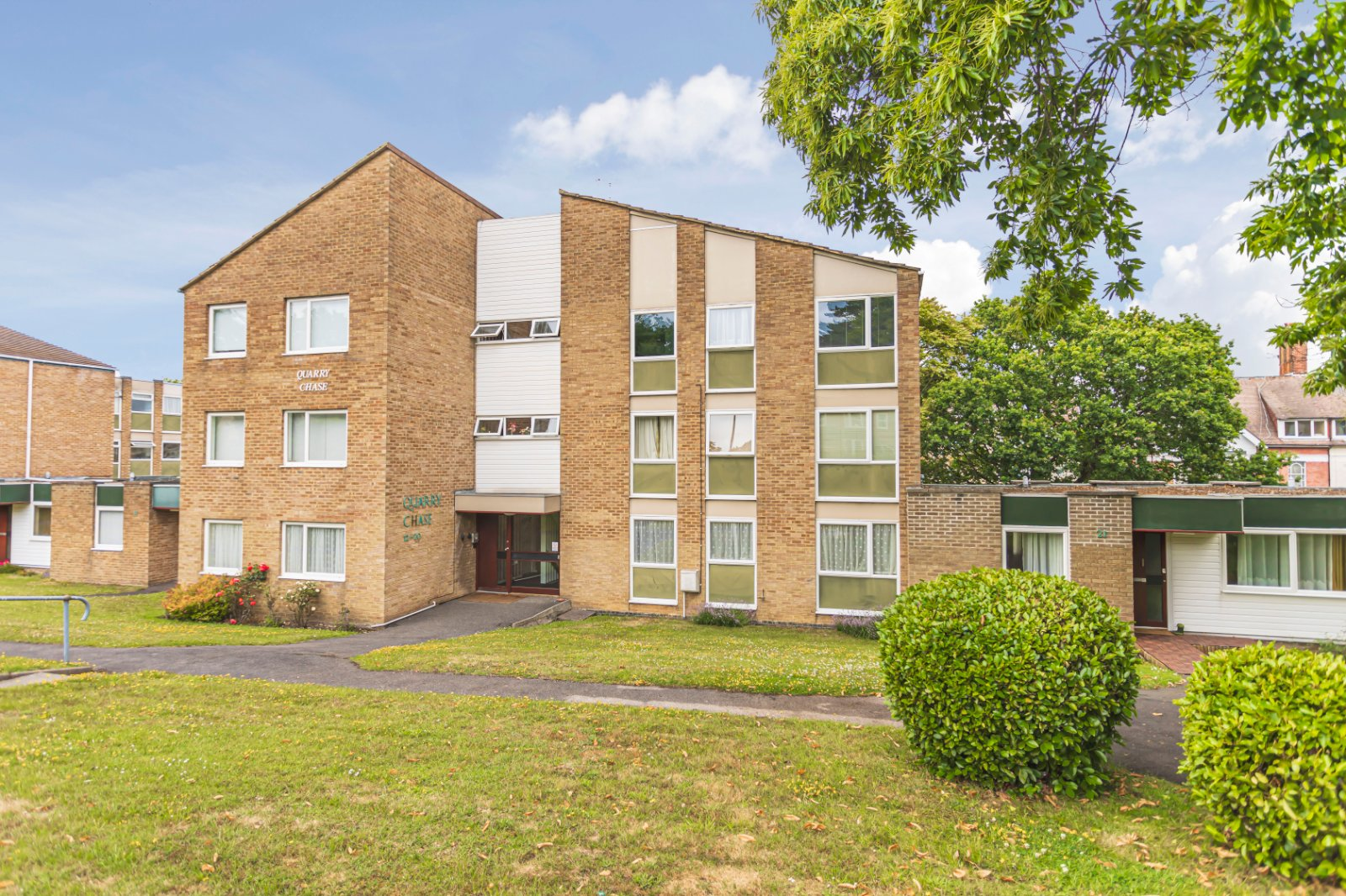 1 bed apartment for sale in Quarry Chase, 30 Poole Road 0