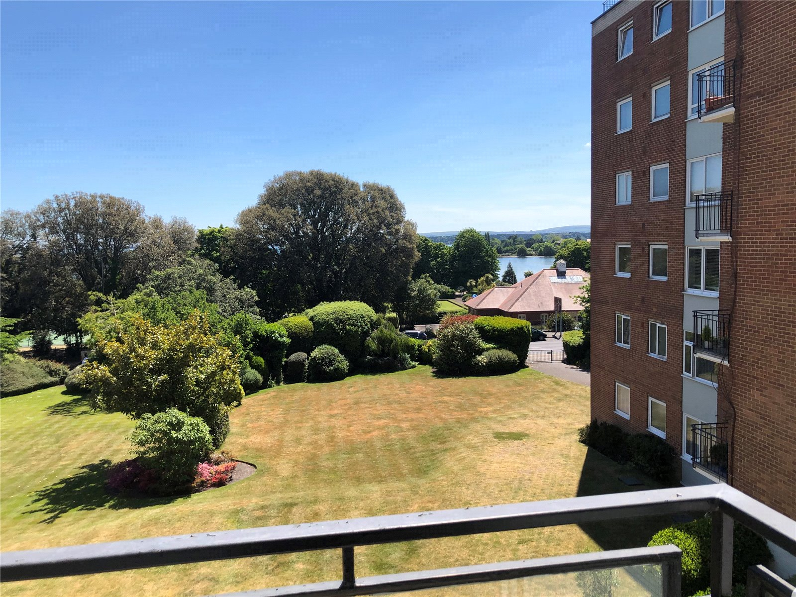 2 bed apartment for sale in Parkstone Road, Poole 0