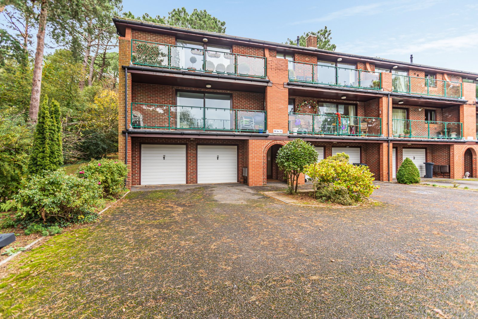 2 bed apartment for sale in Constitution Hill Gardens, Lower Parkstone - Property Image 1
