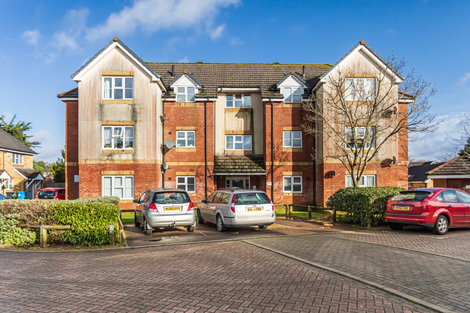 2 bed apartment for sale in Parkstone, BH12