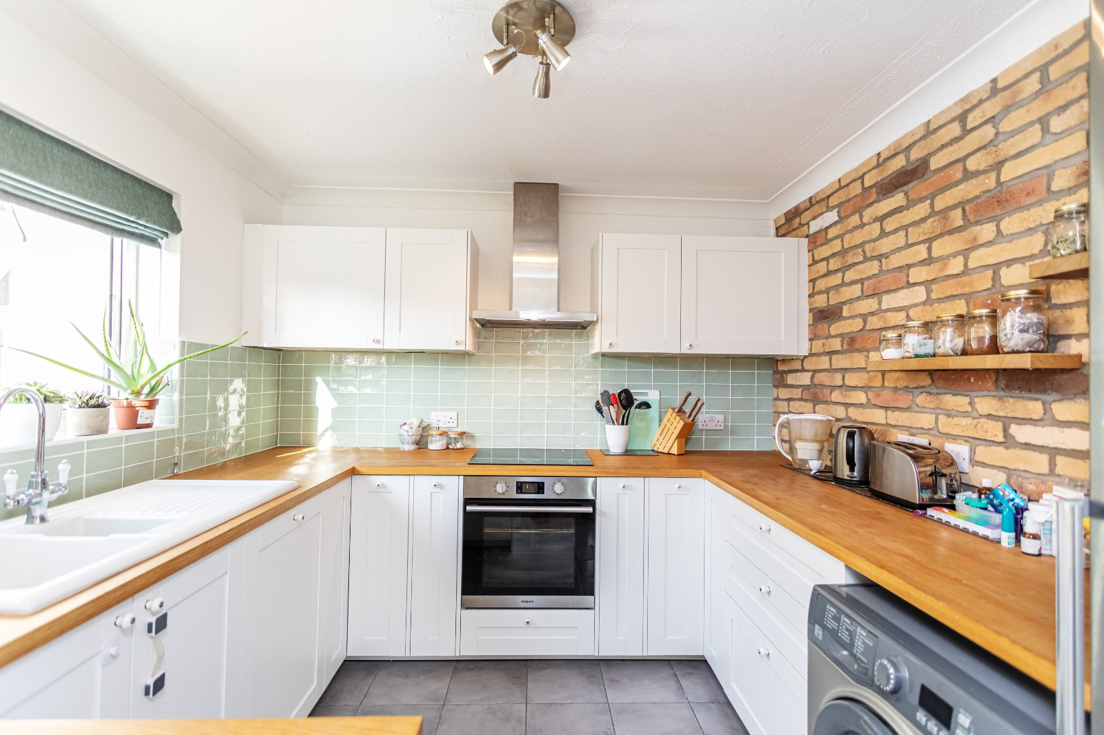 3 bed apartment for sale in Kimberley Road, Lower Parkstone - Property Image 1