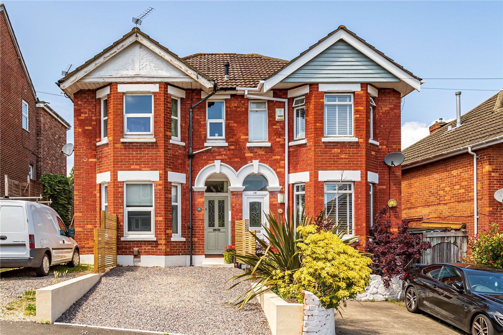 2 bed apartment for sale in Davis Road, Parkstone - Property Image 1