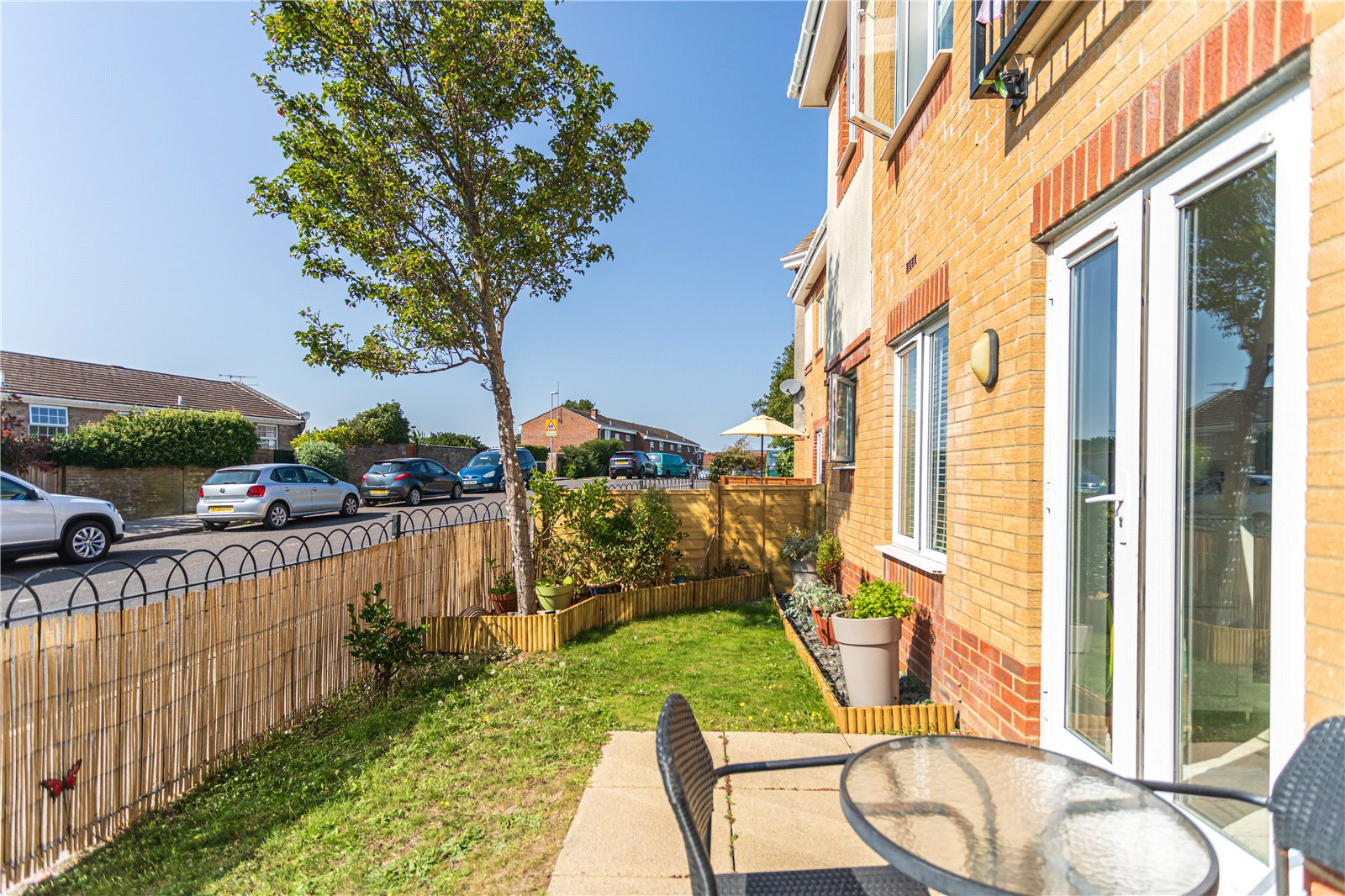 2 bed apartment for sale in Doulton Gardens, Whitecliff  - Property Image 1