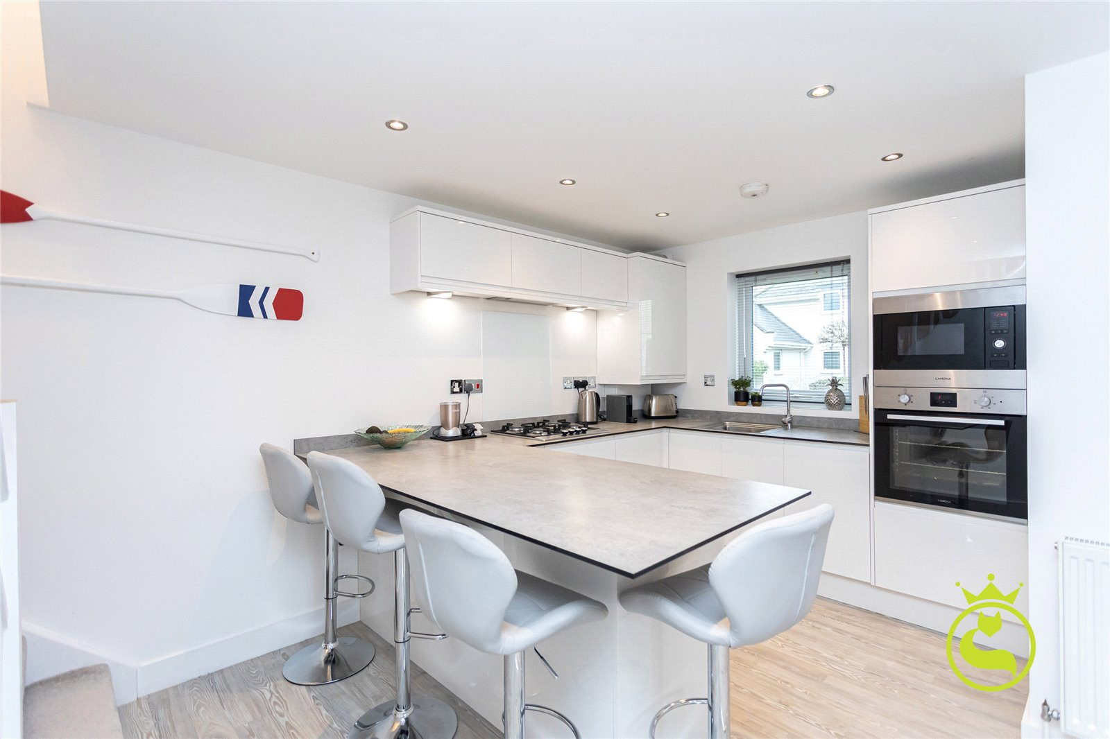 2 bed house to rent in Commercial Road, Poole  - Property Image 1