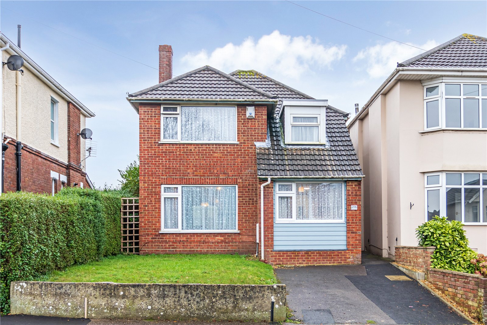 4 bed house for sale in Kinson Road, Bournemouth  - Property Image 1