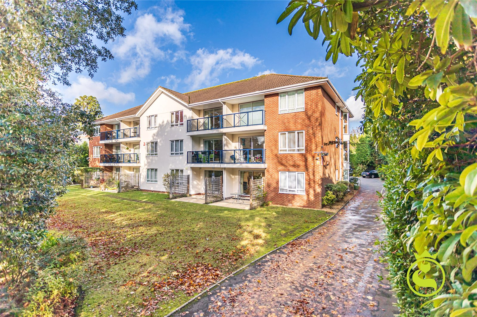 2 bed apartment to rent in Cavendish Road, Bournemouth, BH1