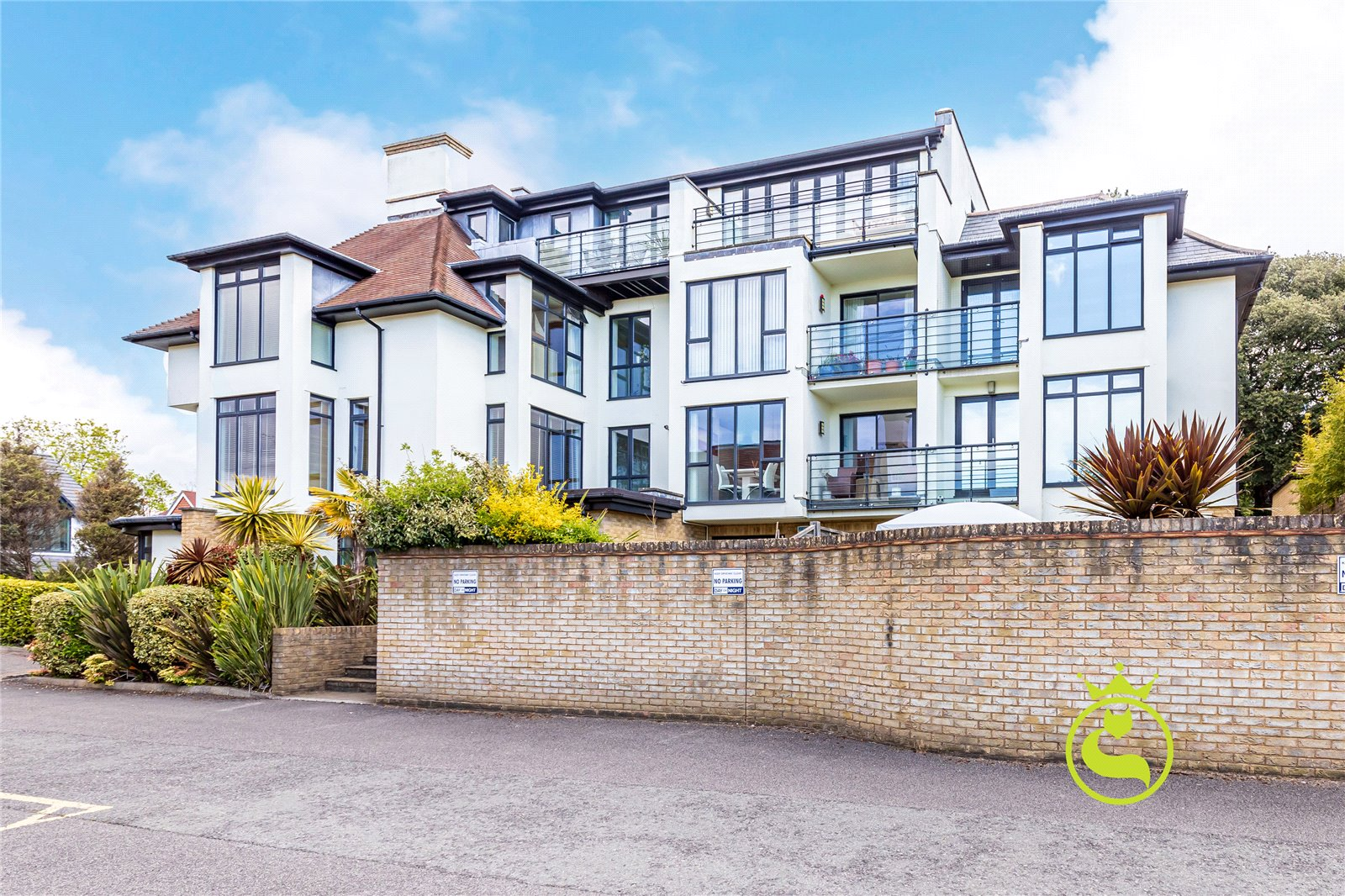 2 bed apartment for sale in Wyndham Road, Lower Parkstone - Property Image 1