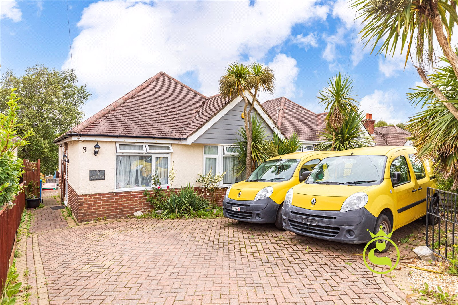 2 bed bungalow for sale in Newlyn Way, Parkstone, BH12