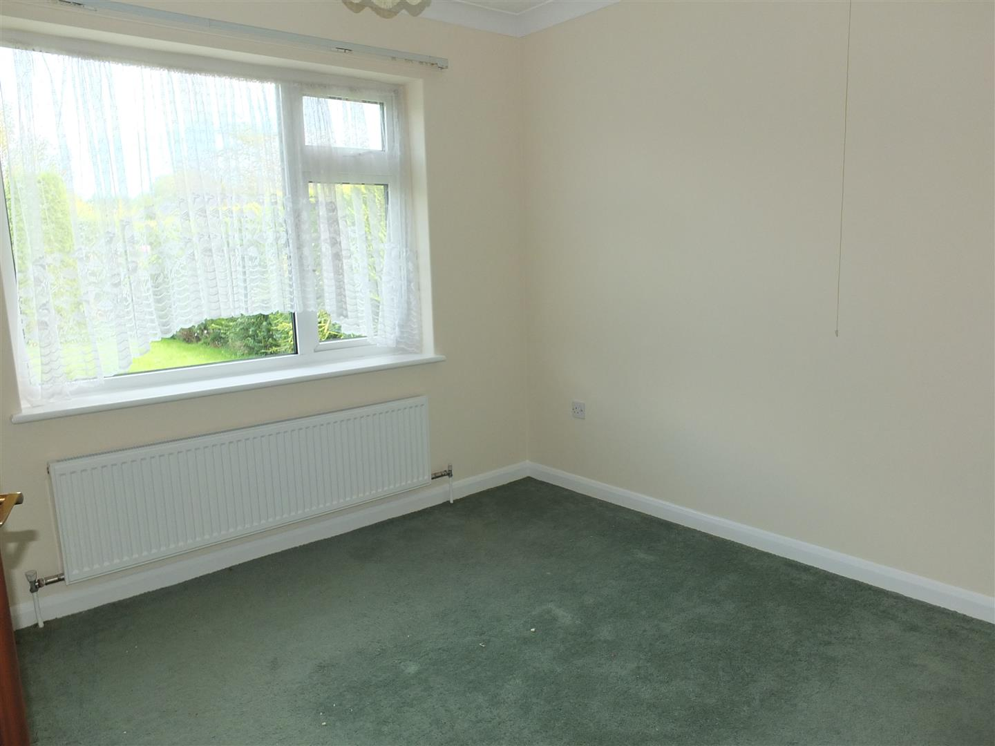 2 bed detached bungalow to rent in Long Sutton Spalding, PE12 9EP  - Property Image 5