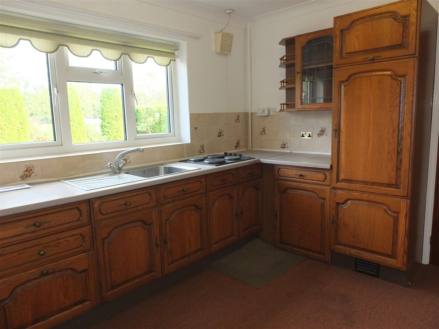 2 bed detached bungalow to rent in Long Sutton Spalding, PE12 9EP 2