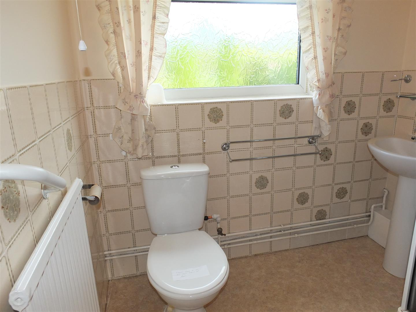 2 bed detached bungalow to rent in Long Sutton Spalding, PE12 9EP 7