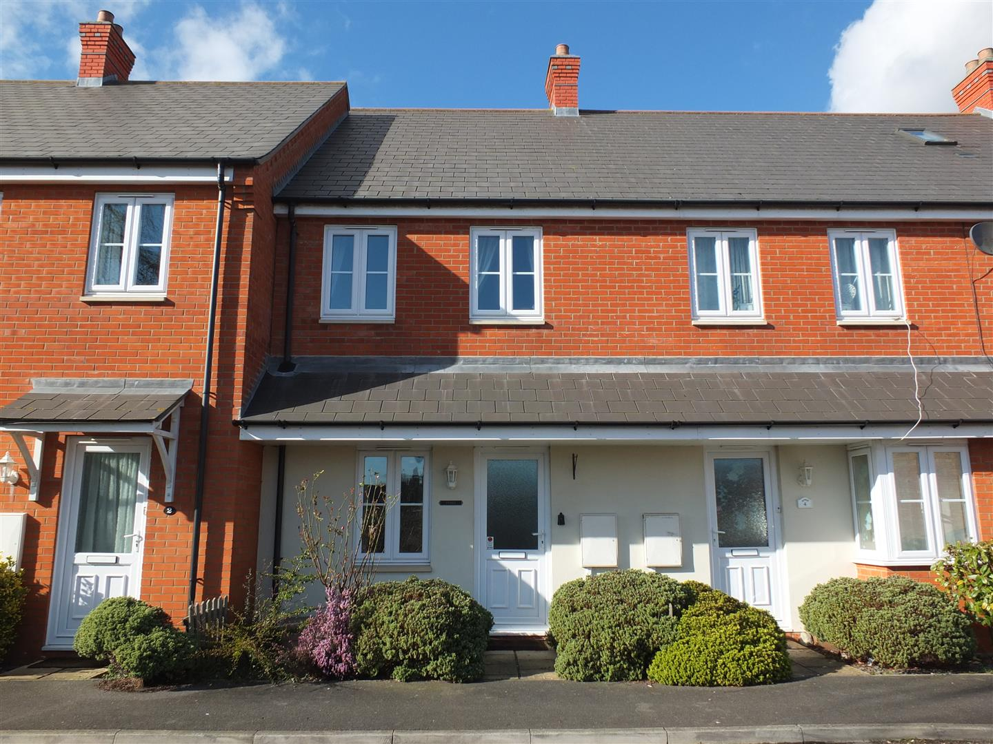 2 bed terraced house to rent in Taverners Mews, Spalding, PE12
