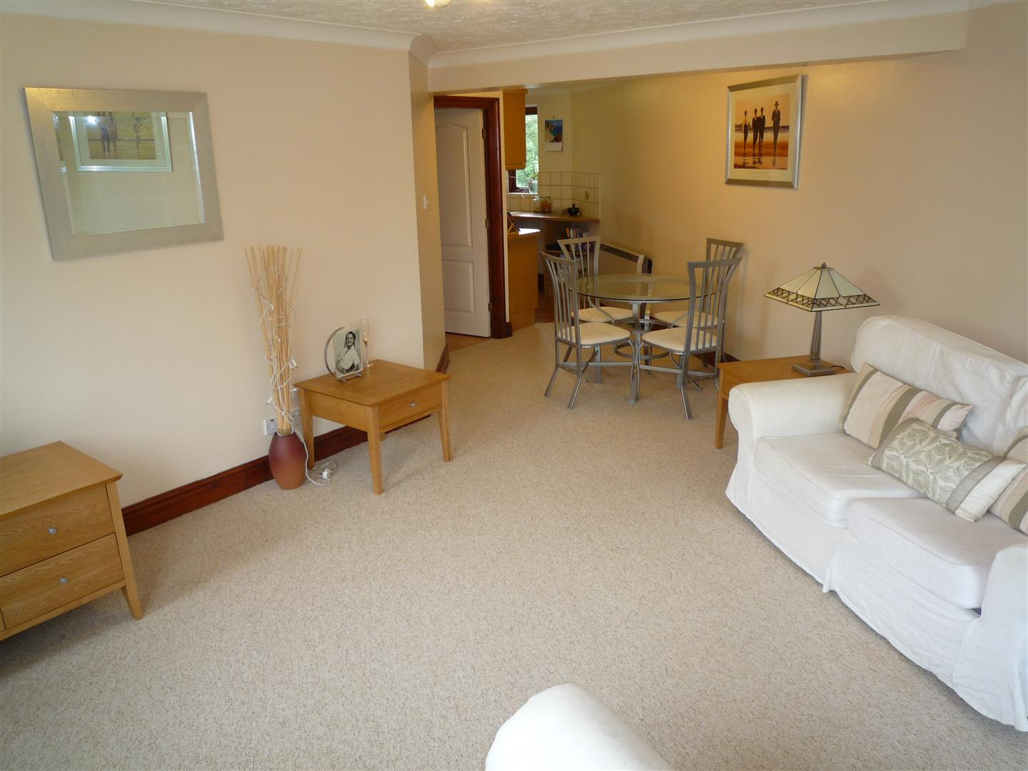 2 bed flat to rent in Long Sutton Spalding, PE12 9RL  - Property Image 2