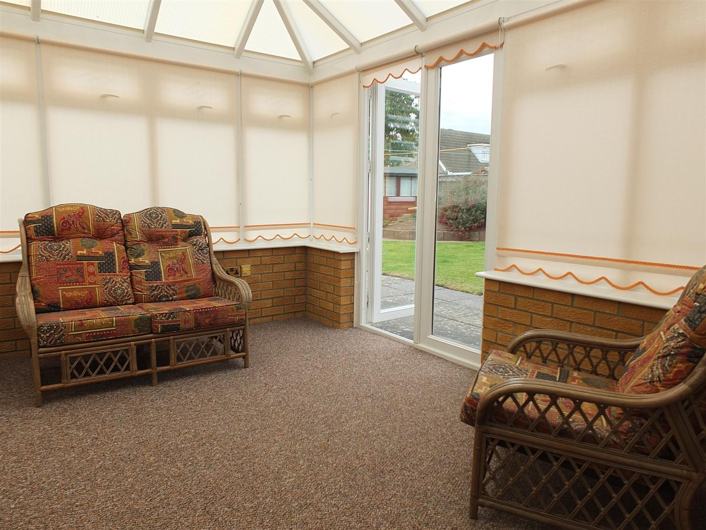 2 bed detached bungalow to rent in Sturton Way, Long Sutton Spalding  - Property Image 2