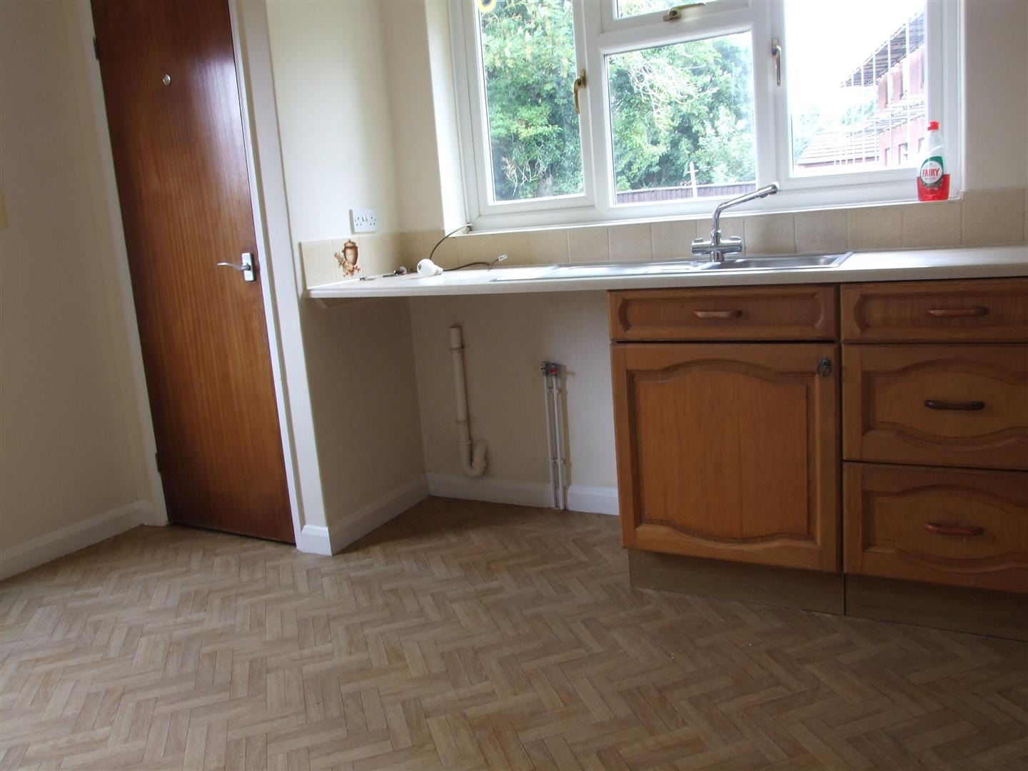 2 bed detached bungalow to rent in Dick Turpin Way, Long Sutton Spalding 5