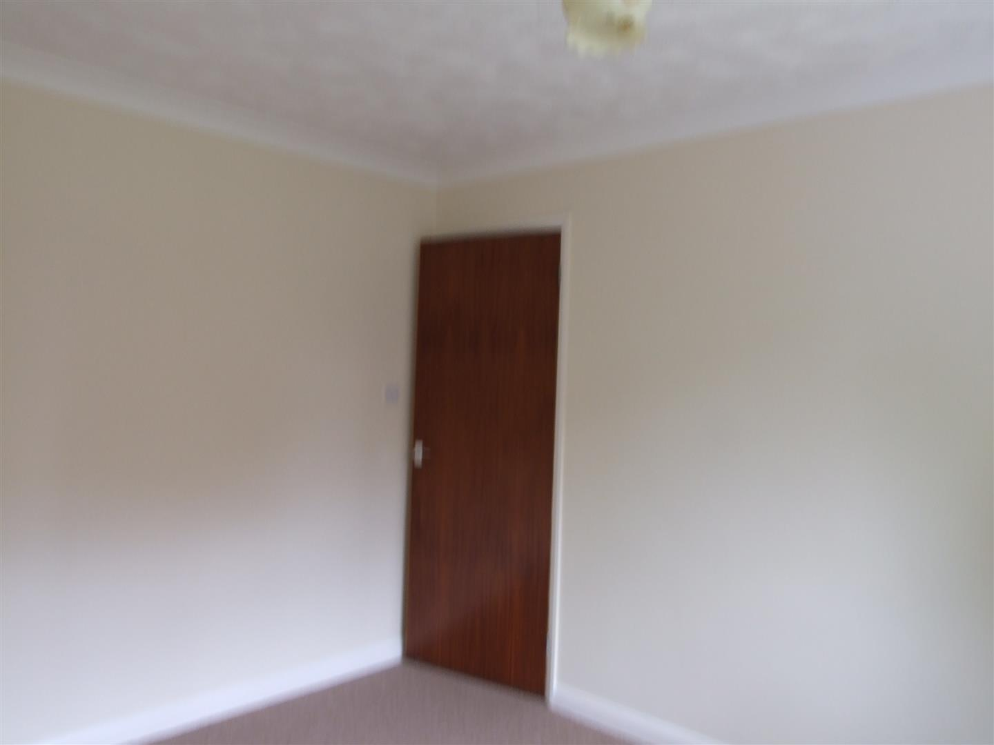 2 bed detached bungalow to rent in Dick Turpin Way, Long Sutton Spalding 9