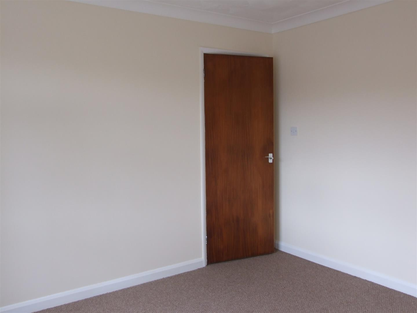 2 bed detached bungalow to rent in Dick Turpin Way, Long Sutton Spalding 8