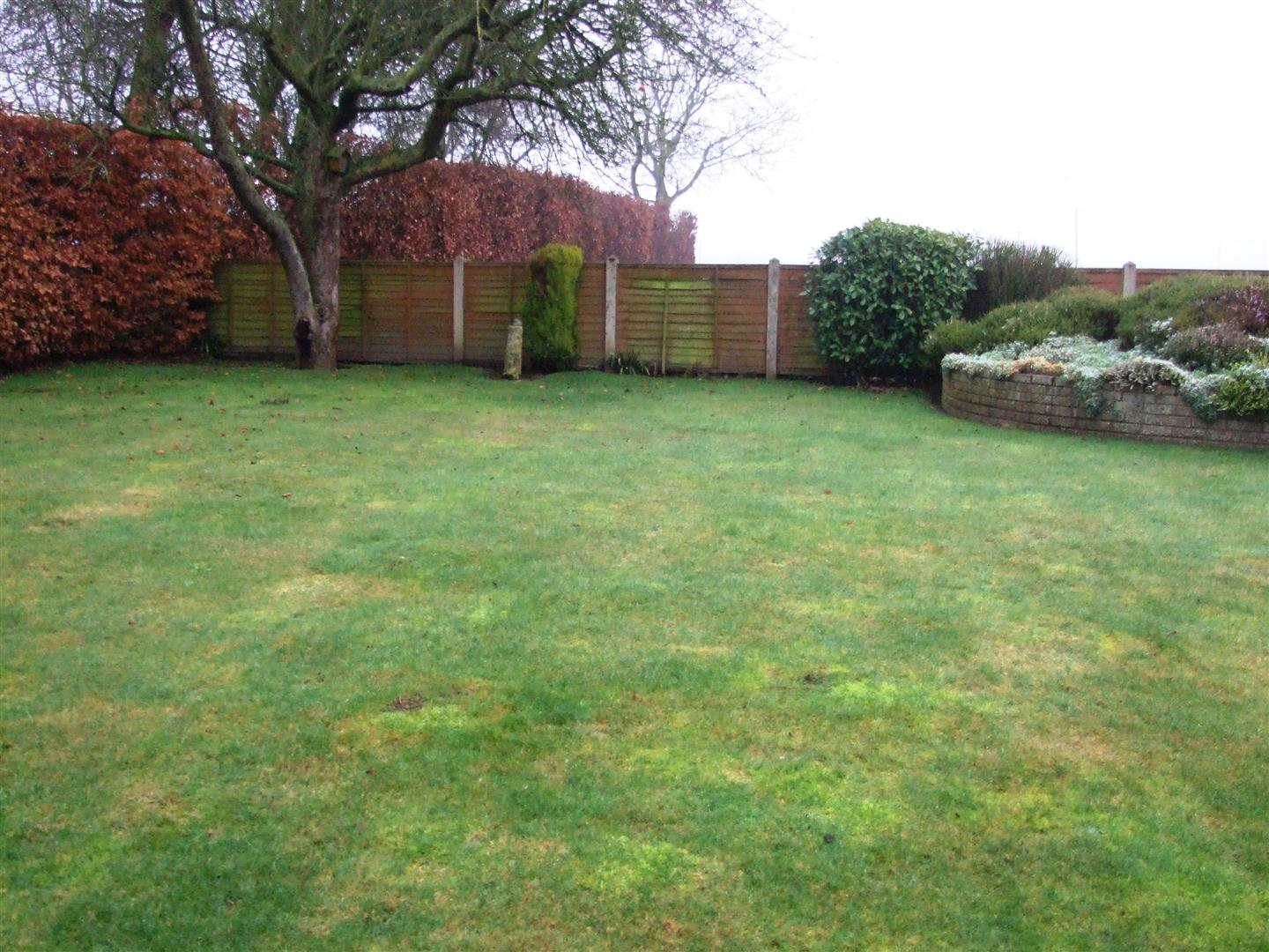 2 bed detached bungalow to rent in Long Sutton Spalding, PE12 9BS  - Property Image 16
