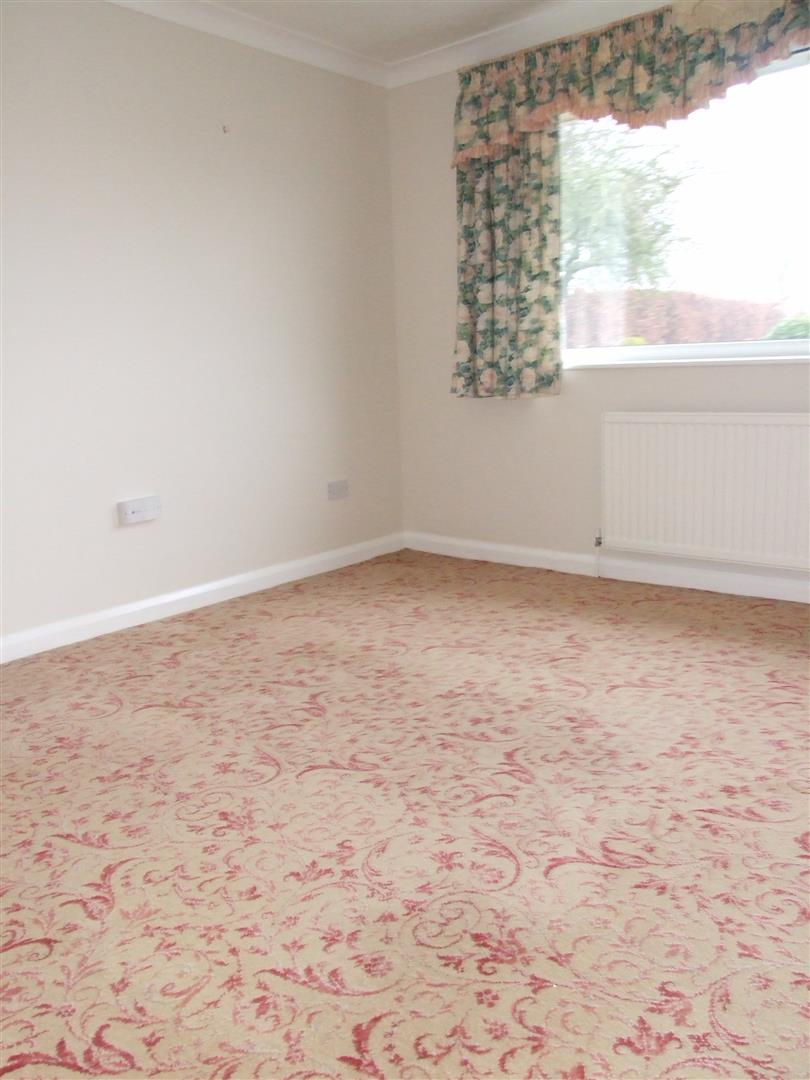2 bed detached bungalow to rent in Long Sutton Spalding, PE12 9BS  - Property Image 6