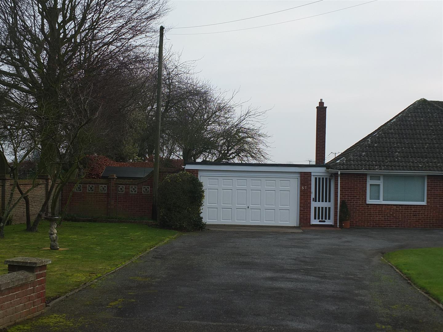 2 bed detached bungalow to rent in Long Sutton Spalding, PE12 9BS  - Property Image 11