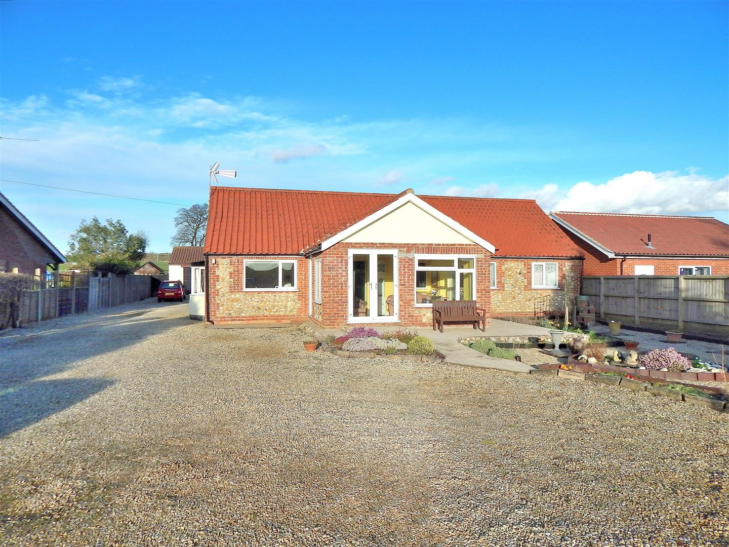 3 bed detached bungalow for sale in Fakenham Road, King's Lynn  - Property Image 1